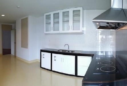 For Rent 4 Beds Condo in Bang Kho Laem, Bangkok, Thailand