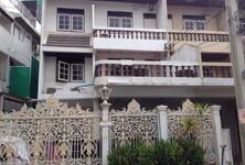 For Sale 4 Beds Townhouse in Khlong San, Bangkok, Thailand