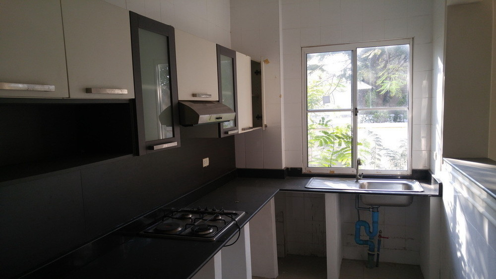 For Sale 3 Beds House in Thawi Watthana, Bangkok, Thailand | Ref. TH-RVQZVQVZ