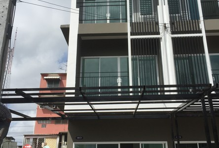 For Sale or Rent 4 Beds Townhouse in Thung Khru, Bangkok, Thailand