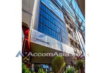 For Rent Office 17 sqm in Khlong San, Bangkok, Thailand