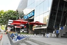For Rent Retail Space 70 sqm in Watthana, Bangkok, Thailand