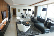For Sale 4 Beds コンド in Khlong San, Bangkok, Thailand