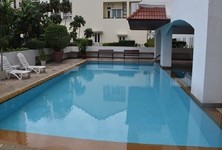 For Sale 3 Beds Condo Near MRT Sukhumvit, Bangkok, Thailand