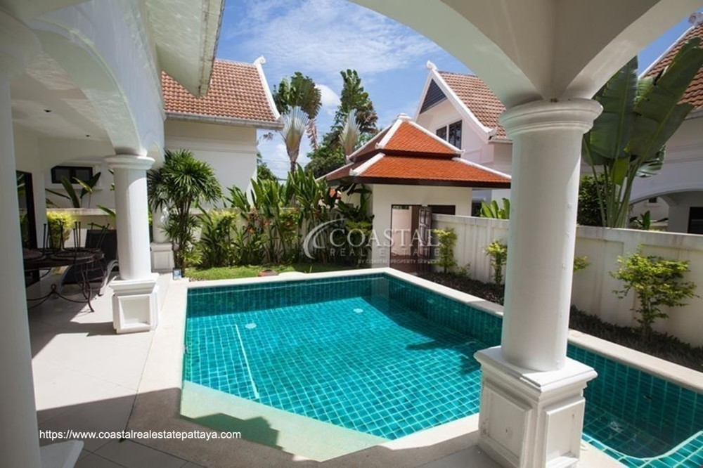 For Sale 3 Beds 一戸建て in Sattahip, Chonburi, Thailand | Ref. TH-ZJVRWMCE