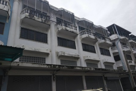 For Sale Shophouse 80 sqm in Bang Khun Thian, Bangkok, Thailand