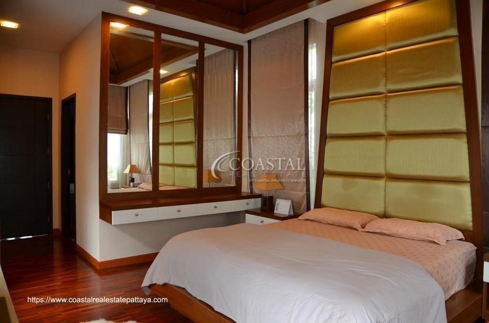 For Sale 3 Beds 一戸建て in Bang Lamung, Chonburi, Thailand | Ref. TH-WXRYNEXD