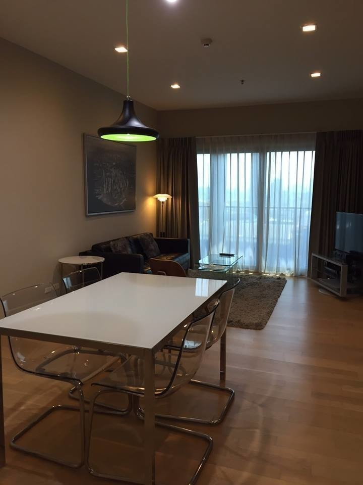 Noble Reveal - Продажа или аренда: Кондо с 2 спальнями возле станции BTS Ekkamai, Bangkok, Таиланд | Ref. TH-NBLYZHED