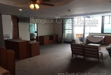 For Sale 3 Beds コンド Near BTS Nana, Bangkok, Thailand