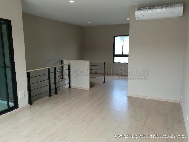 ให้เช่า บ้านเดี่ยว 3 ห้องนอน ประเวศ กรุงเทพฯ | Ref. TH-EOMOOMAY