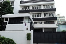 For Rent 6 Beds Office in Khlong Toei, Bangkok, Thailand
