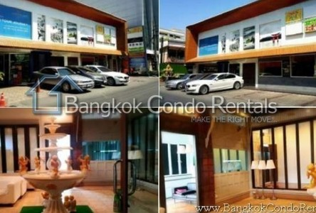 For Rent Office 350 sqm in Khlong Toei, Bangkok, Thailand