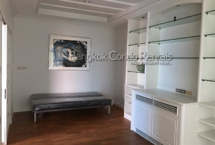 For Rent 2 Beds Condo Near MRT Sutthisan, Bangkok, Thailand