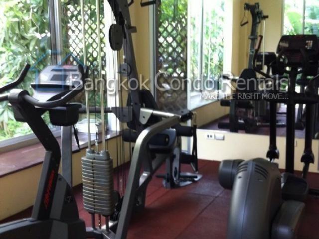 Продажа: Таунхаус с 3 спальнями в районе Sathon, Bangkok, Таиланд | Ref. TH-FPIIHYOX