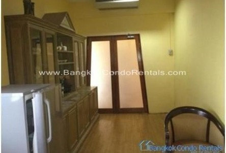 For Sale 3 Beds Townhouse in Ratchathewi, Bangkok, Thailand