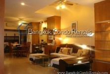 For Sale 5 Beds Townhouse in Khlong Toei, Bangkok, Thailand