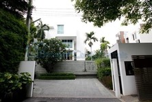 For Sale or Rent 4 Beds House in Sathon, Bangkok, Thailand