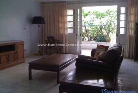 For Rent 3 Beds Townhouse in Sathon, Bangkok, Thailand
