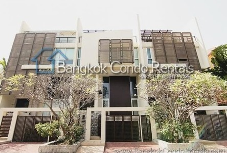 For Sale or Rent 3 Beds タウンハウス in Sathon, Bangkok, Thailand