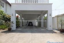 For Rent 3 Beds House in Khlong San, Bangkok, Thailand
