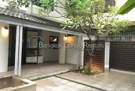 For Rent 3 Beds 一戸建て in Sathon, Bangkok, Thailand