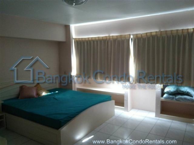 Siam Penthouse 1 - В аренду: Кондо с 3 спальнями возле станции BTS Nana, Bangkok, Таиланд | Ref. TH-CKCXFWHC