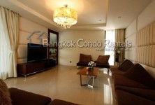 For Sale or Rent 3 Beds 一戸建て in Watthana, Bangkok, Thailand