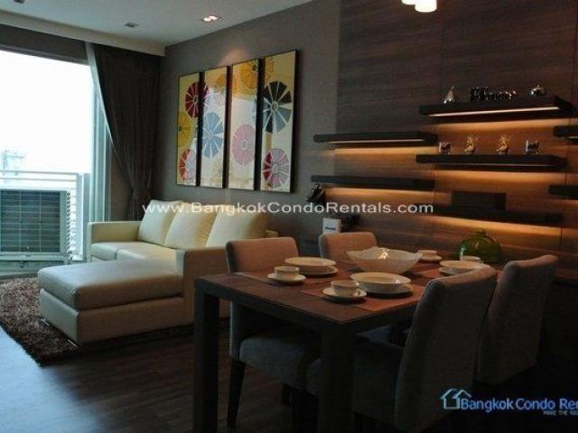 Le Luk - For Rent 1 Bed Condo Near BTS Phra Khanong, Bangkok, Thailand | Ref. TH-GUBCSLZW
