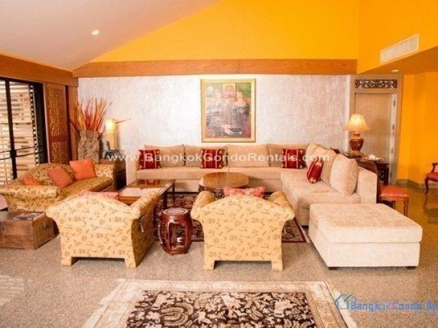 บ้านสุขุมวิท 36 - ขาย หรือ เช่า คอนโด 4 ห้องนอน คลองเตย กรุงเทพฯ   Ref. TH-ZFWBXBBV