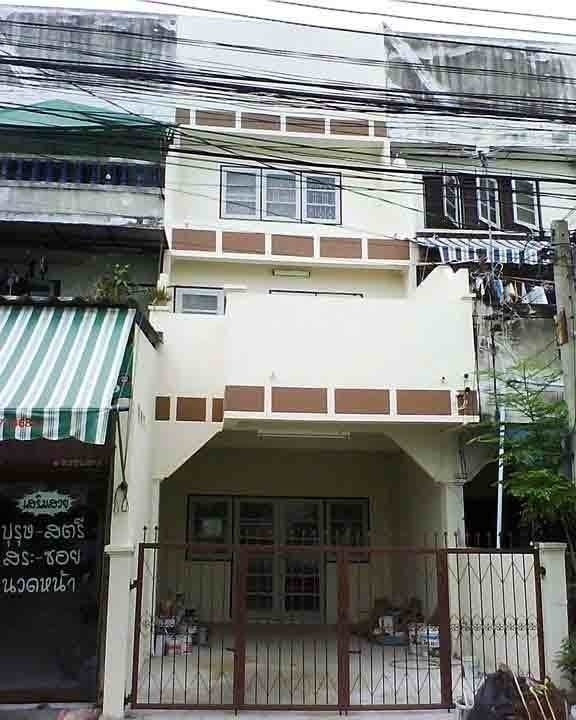 For Sale 3 Beds タウンハウス in Bang Bua Thong, Nonthaburi, Thailand | Ref. TH-ECQQNKGN