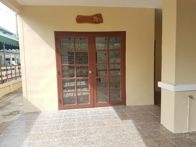 For Sale 3 Beds タウンハウス in Khlong Luang, Pathum Thani, Thailand | Ref. TH-QMNGRFAV