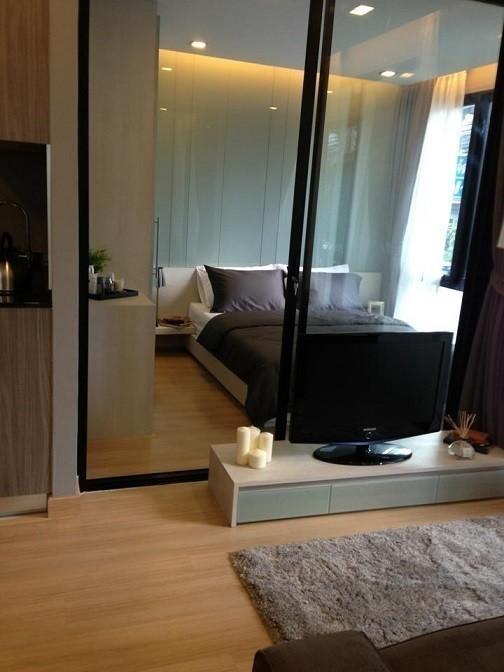SOCIO Inthamara - For Sale 1 Bed Condo in Phaya Thai, Bangkok, Thailand | Ref. TH-EORVFDMX