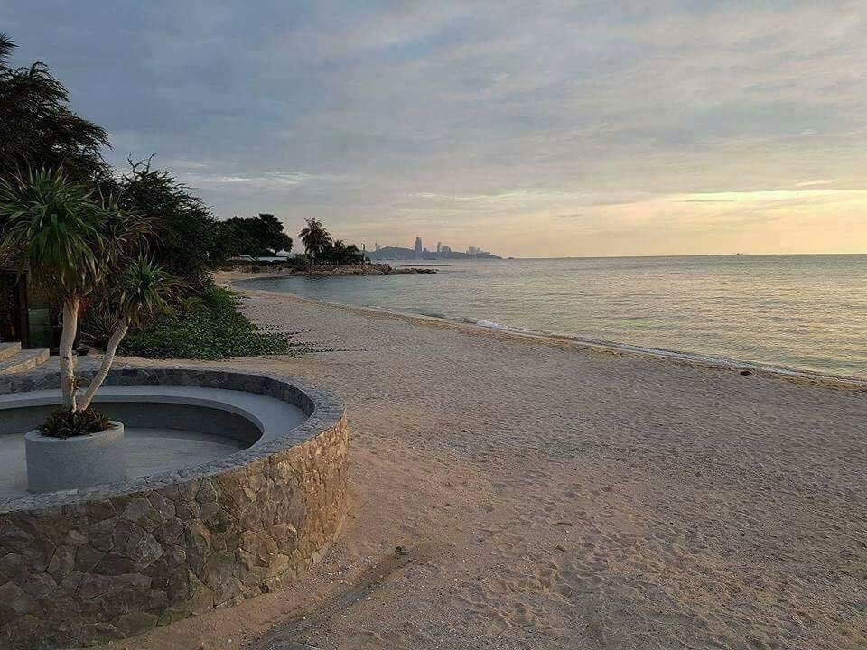 For Rent 1 Bed コンド in Laem Chabang, Chonburi, Thailand | Ref. TH-IFYTSAIX