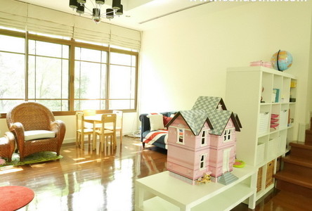 For Sale or Rent 4 Beds 一戸建て in Watthana, Bangkok, Thailand