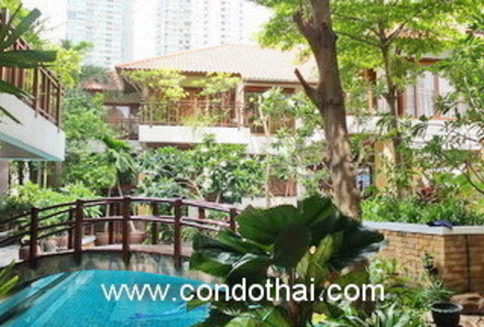 For Sale 4 Beds House in Khlong Toei, Bangkok, Thailand