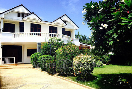 For Sale or Rent 4 Beds 一戸建て in Hua Hin, Prachuap Khiri Khan, Thailand