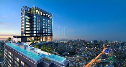 Located in the same area - Ashton Chula-Silom