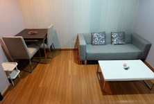 For Sale or Rent 1 Bed Condo Near MRT Huai Khwang, Bangkok, Thailand