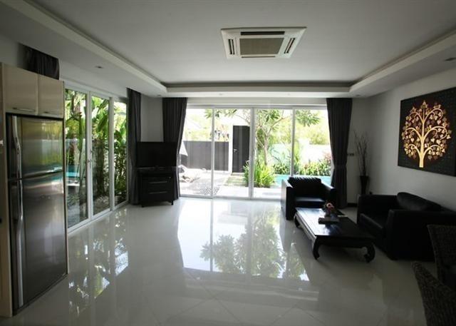 For Sale 2 Beds 一戸建て in Bang Lamung, Chonburi, Thailand | Ref. TH-NUSOMHUB
