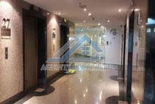 For Sale Office 411 sqm in Watthana, Bangkok, Thailand