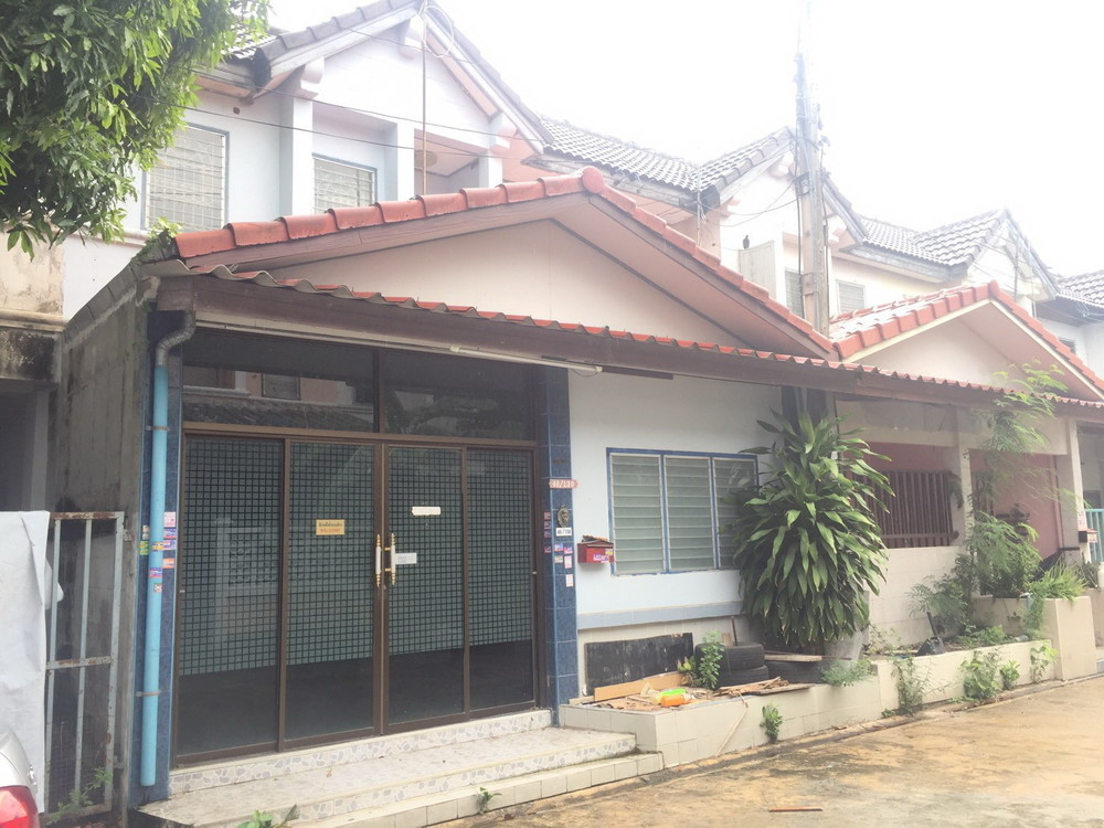 For Rent 2 Beds Townhouse in Thanyaburi, Pathum Thani, Thailand | Ref. TH-CXJXPKCT