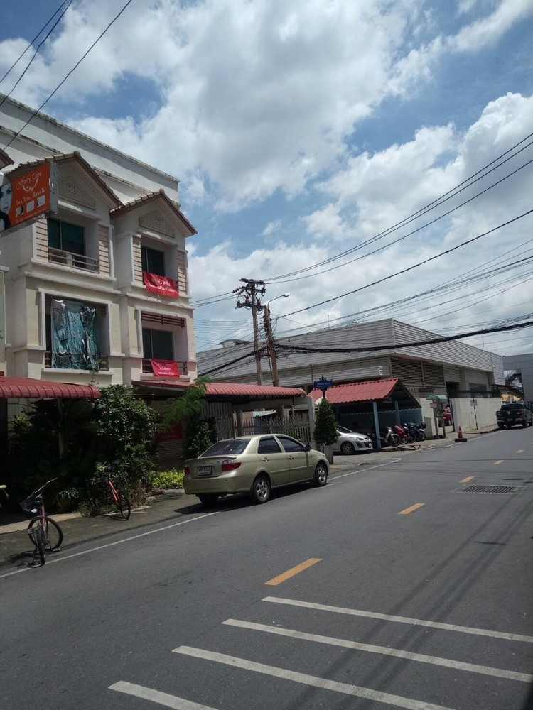 For Rent Apartment Complex 3 rooms in Pak Kret, Nonthaburi, Thailand | Ref. TH-JLTYSOXH