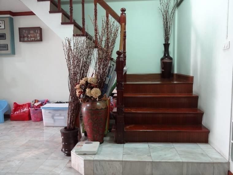 В аренду: Таунхаус с 4 спальнями в районе Chatuchak, Bangkok, Таиланд | Ref. TH-GAFCNIEG