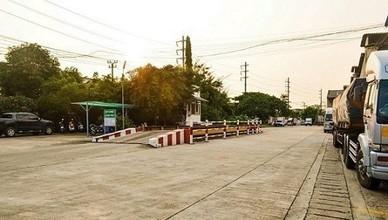 Located in the same area - Rat Burana, Bangkok