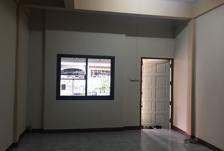 For Rent 3 Beds Townhouse in Bueng Kum, Bangkok, Thailand