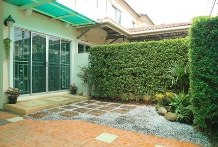 For Sale 2 Beds タウンハウス in Hat Yai, Songkhla, Thailand