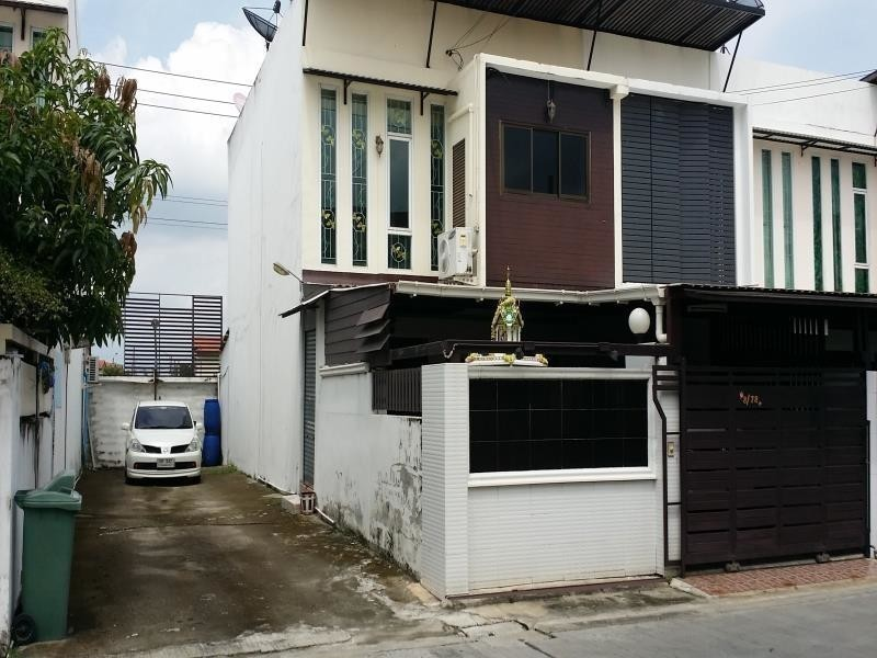 For Rent 2 Beds タウンハウス in Bang Phli, Samut Prakan, Thailand | Ref. TH-IEZVDJWD