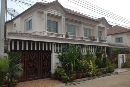 For Sale 4 Beds 一戸建て in Phra Samut Chedi, Samut Prakan, Thailand