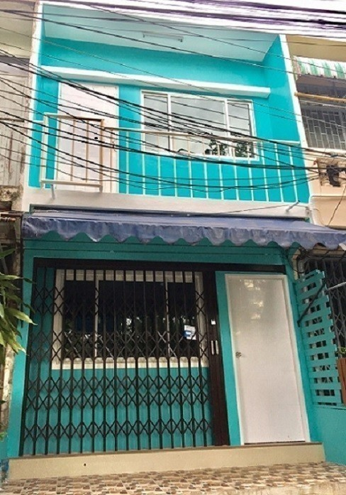 For Rent 4 Beds Shophouse in Sathon, Bangkok, Thailand | Ref. TH-VPUGEDOS