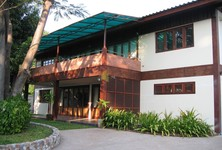 For Rent 5 Beds 一戸建て in Chonburi, East, Thailand